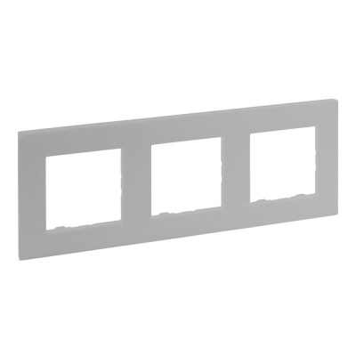 Niloe Step - ramka potrójna 3x- kolor aluminium